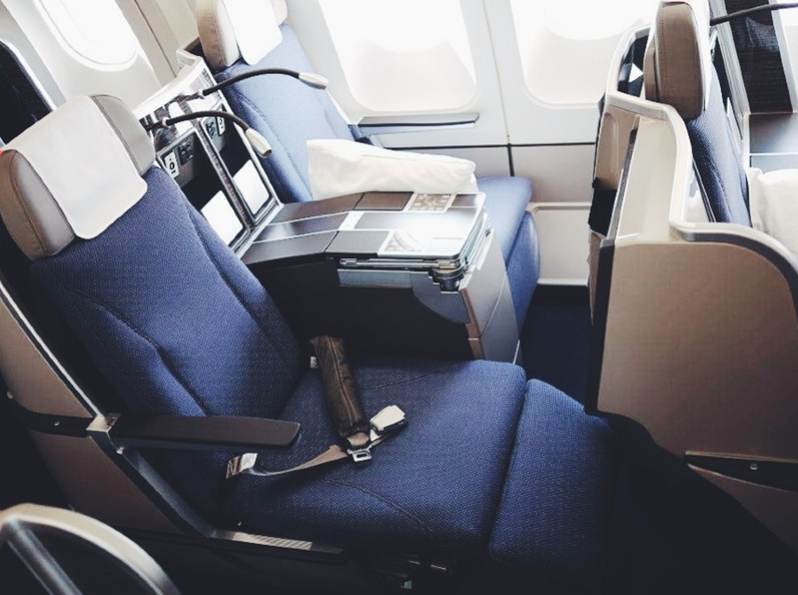 Brussels Airlines Business Class 8