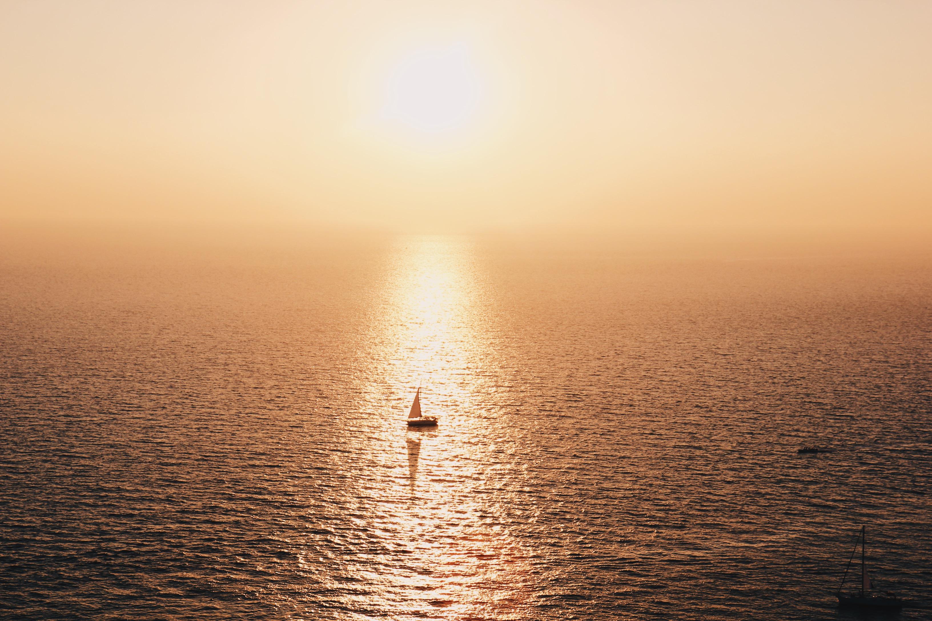 Best sunset spots in Santorini