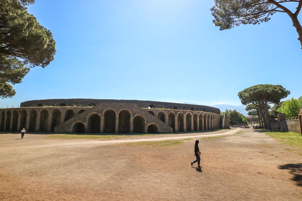 Pompeii in 20 pictures